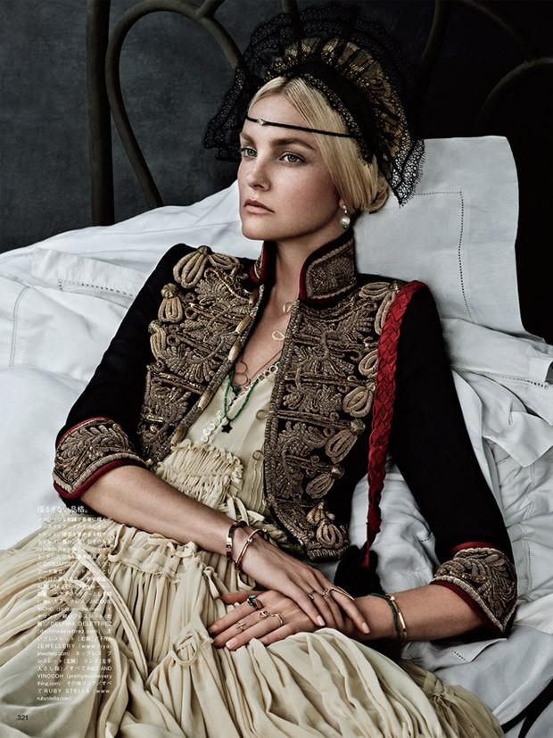 Caroline-Trentini-Vogue-Japan-Giampaolo-Sgura-08-620x827