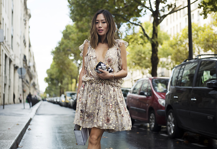 aimee_song_of_style_chloe_gold_dress_benedetta_bruzziches_clutch