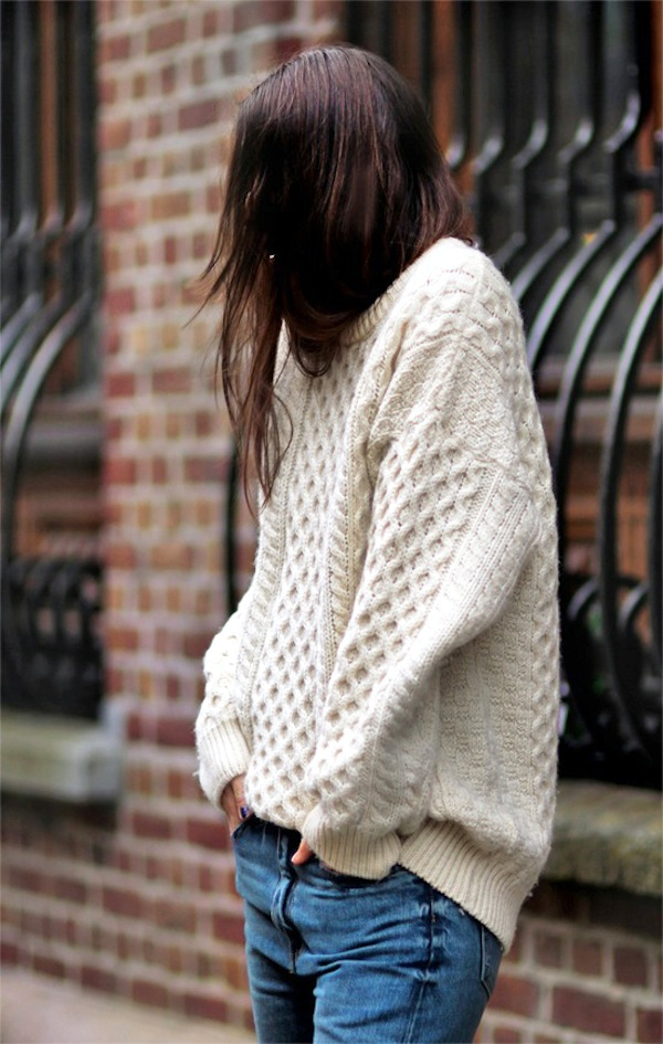 Bloglovin+Blog+Cream+Slouchy+Oversized+Aran+Cable+Knit+Fisherman+Sweater+Jeans+Fall+Winter+Style+Via+Irina+Lakicevic+A+Portable+Package