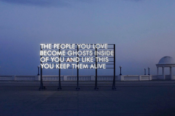 robert-montgomery-traveling-city-11